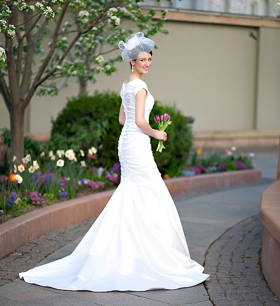 A beautiful bride at Temple Square.