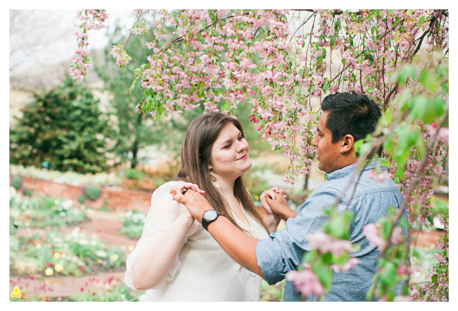 red butte gardens engagement photos (5)