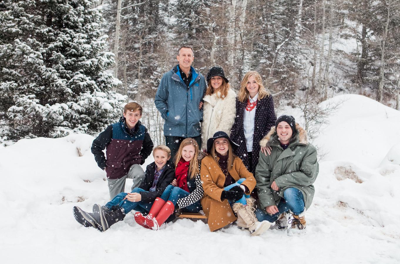 Winter Family Photos Ravenberg Photography